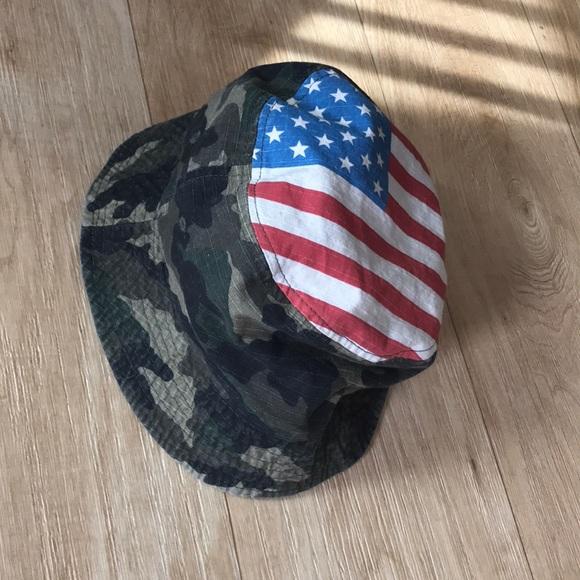 3300ec186fe Carbon Elements Accessories - Vintage bucket hat